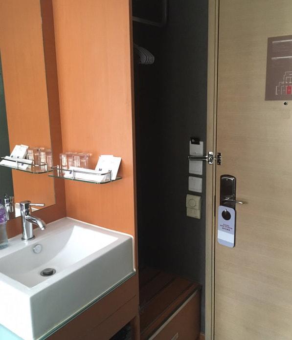 BSE14_minimal hotel cwb2.jpg