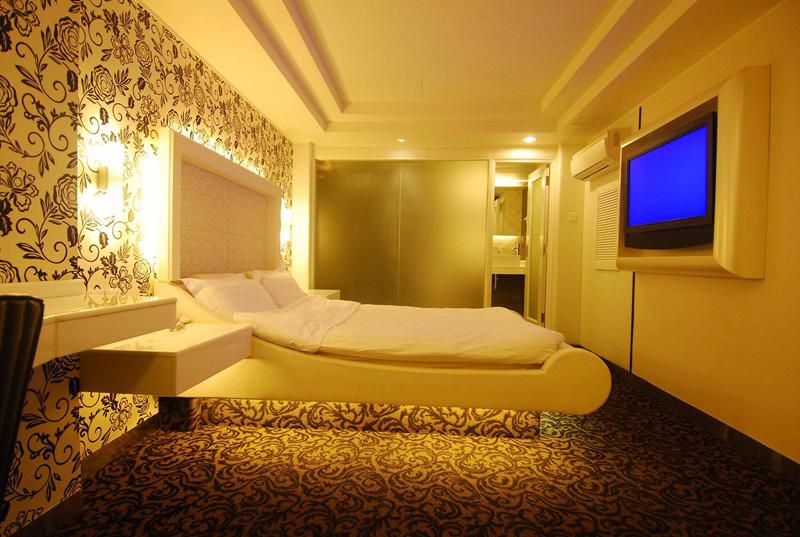 BSE14_Hotel Rendezvous1.jpg